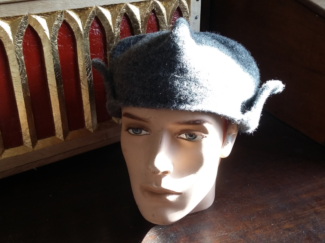 Grey Henry VII style hat